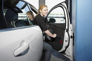 Ford Entwickelt Cleveren Kantenschutz F 252 R Autot 252 Ren